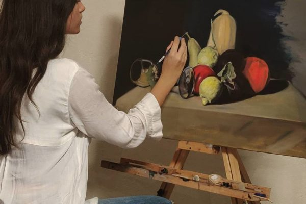 Oil Painting with Kelsey May Connor in the tradition of Classical Realism | Art Classes Malta